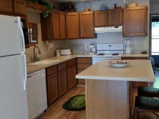 Beautiful 3 bedroom Moran House with Deck - Moran vacation rentals
