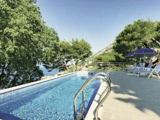 3 bedroom Villa in Omis Pisak, Central Dalmatia, Omis, Croatia : ref 2043185 - Pisak vacation rentals