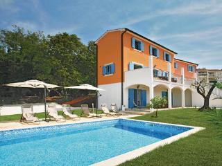5 bedroom Villa in Porec Mugeba, Istria, Porec, Croatia : ref 2043284 - Mugeba vacation rentals