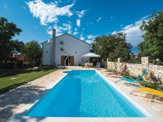 4 bedroom Villa in Sibenik Lozovac, Northern Dalmatia, Sibenik, Croatia : ref - Lozovac vacation rentals
