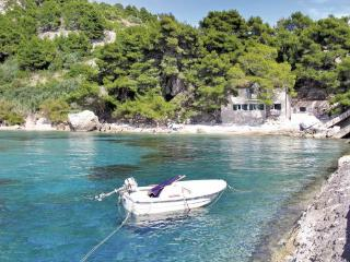 4 bedroom Villa in Hvar Zarace, Central Dalmatia, Hvar, Croatia : ref 2043914 - Cove Zarace (Milna) vacation rentals