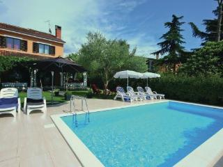 4 bedroom Villa in Umag Rozac, Istria, Umag, Croatia : ref 2043981 - Umag vacation rentals