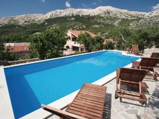 5 bedroom Villa in Krk Draga Bascanska, Kvarner, Krk, Croatia : ref 2044629 - Draga Bascanska vacation rentals