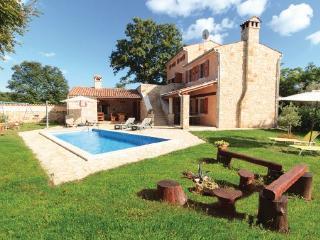 4 bedroom Villa in Vodnjan Boduleri, Istria, Vodnjan, Croatia : ref 2045593 - Divsici vacation rentals