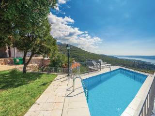 4 bedroom Villa in Senj Klada, Kvarner, Senj, Croatia : ref 2045736 - Lukovo vacation rentals