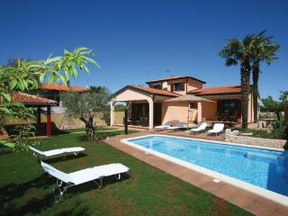 3 bedroom Villa in Novigrad Stancijeta, Istria, Novigrad, Croatia : ref 2045933 - Tar-Vabriga vacation rentals