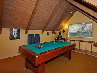 "Charming ""La Petit Cottage"" - Lake Arrowhead vacation rentals"