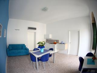 Beautiful 4 bedroom Resort in Palazzolo Acreide - Palazzolo Acreide vacation rentals
