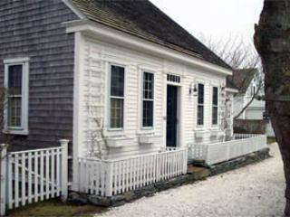 2 Bedroom 2 Bathroom Vacation Rental in Nantucket that sleeps 4 -(3593) - Siasconset vacation rentals