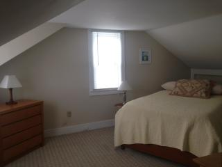 Walk Town & Beach 9/3-9/10 & 9/24-10/1 Available - Rockport vacation rentals