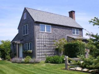 6 Bedroom 3 Bathroom Vacation Rental in Nantucket that sleeps 14 -(8578) - Image 1 - Nantucket - rentals