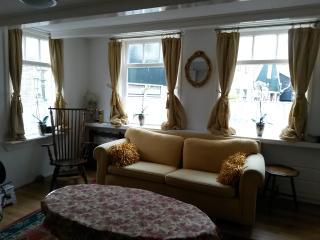 Pretty cottage, historic centre near waterfront - Volendam vacation rentals