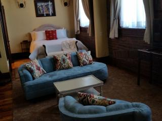 Trail Suites - Suite C - Luxury Suite w/ Kitchen - Lawrenceburg vacation rentals