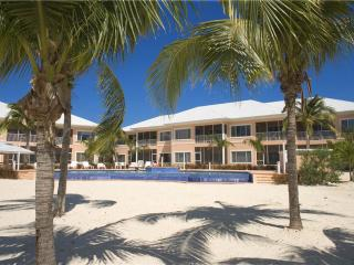 2 bedroom Apartment with Deck in Grand Cayman - Grand Cayman vacation rentals