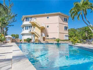 Poinsettia #B4 - Grand Cayman vacation rentals