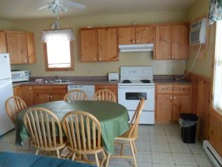 Cavendish PEI Area - 3 Bedroom 2 Bathroom Cottage - Mayfield vacation rentals