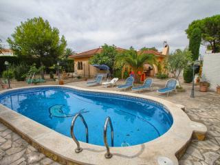 B09 MAYA villa piscina privada - Miami Platja vacation rentals