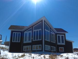 Breaking waves on the wild atlantic ocean - Pouch Cove vacation rentals