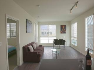 Amazing One Bedroom on Melrose - West Hollywood vacation rentals
