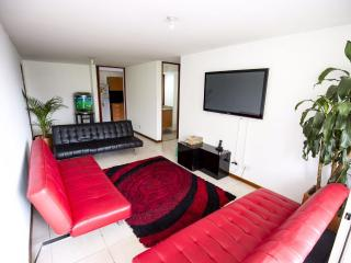 Modern 3 bdrm apartment with A/C near Lleras Park - Medellin vacation rentals