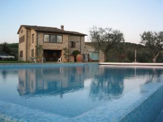 Beautiful 5 bedroom Villa in Collazzone - Collazzone vacation rentals