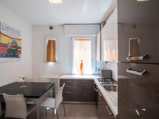 Residence Elisabeth - Bonaiuti First Floor Right - Mestre vacation rentals