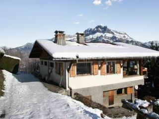 Large chalet with furnished balcony - Cordon vacation rentals