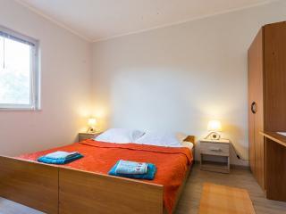 2 bedroom apartment in Komolac, Dubrovnik, Croatia - Komolac vacation rentals