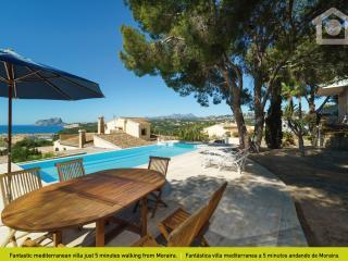 Charming 4 bedroom Villa in La Llobella - La Llobella vacation rentals