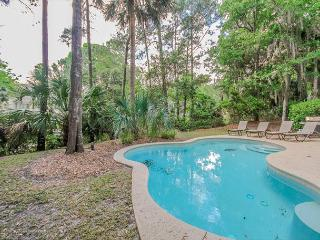 Strath Court 8, 5 Bedrooms, Private Pool, Walk to Beach, Sleeps 12 - Hilton Head vacation rentals