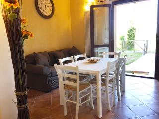 Beautiful House with Dishwasher and Iron - Contignano vacation rentals