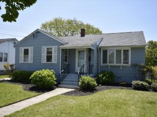 Pet Friendly Cottage near Beach 131417 - Cape May vacation rentals