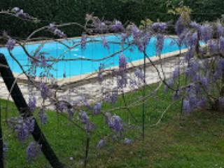 Charmante maison de 90 m2 avec piscine privée - Halsou vacation rentals