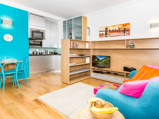 Low-Cost Luxury Studio in the heart of Vienna - Next to famous Opera House #3of8 - Vienna vacation rentals