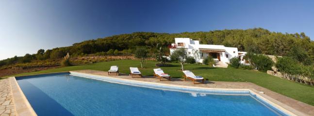 Villa Richie - Image 1 - Santa Gertrudis - rentals