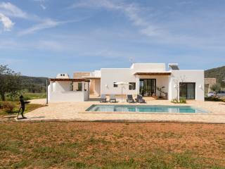 Nice 3 bedroom Villa in Sant Miquel De Balansat - Sant Miquel De Balansat vacation rentals
