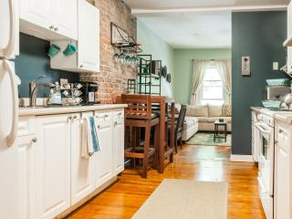 Cute, Cozy Downtown Jersey City - 1 Stop NYC! - Jersey City vacation rentals