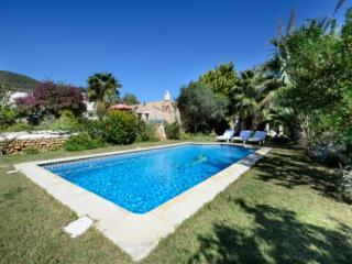 Nice 4 bedroom Villa in Sant Josep De Sa Talaia - Sant Josep De Sa Talaia vacation rentals