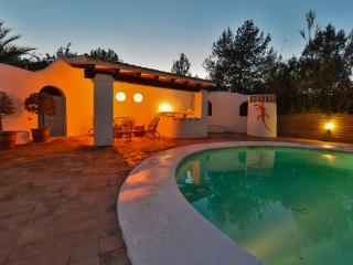 Nice 4 bedroom Villa in Sant Antoni de Portmany - Sant Antoni de Portmany vacation rentals