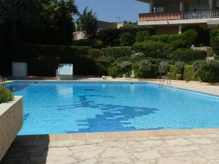 Terrace, parking, pool and tennis - Nice vacation rentals