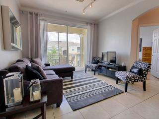Lovely Condo with Internet Access and A/C - Four Corners vacation rentals