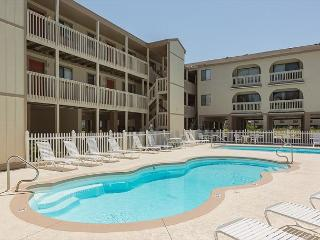 Getaway at a Gulf Shores Las Palmas Condo by the Beach - Gulf Shores vacation rentals
