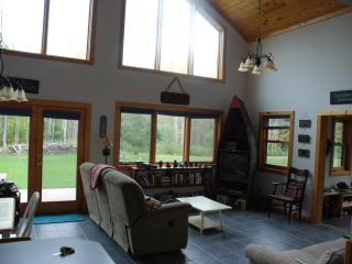 Cozy House with Dishwasher and Patio - Cornucopia vacation rentals