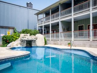 The Village at Gruene - Gruene Reservations - New Braunfels vacation rentals
