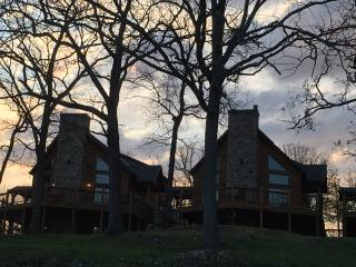 Table Rock Lakefront Lodges Near Branson and SDC - Indian Point vacation rentals