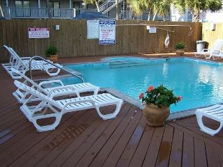 SUMMER TIME VACATION IS HERE!!  BOOK WITH AQUA VACATIONS - Gulf Shores vacation rentals