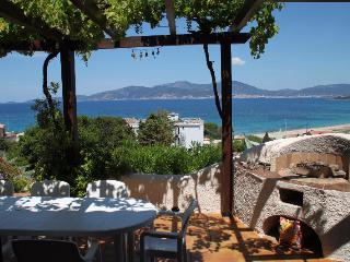 Charming Villa in Pietrosella with Washing Machine, sleeps 6 - Pietrosella vacation rentals