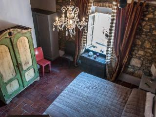 lovely appartment in the old town - Bibbona vacation rentals