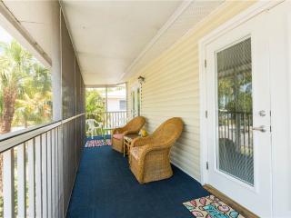Sea Breeze Cottage, 3 Bedrooms, Pet Friendly, WiFi, Sleeps 8 - Fort Myers Beach vacation rentals