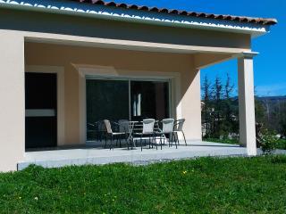 Gîte Madé I location maison vacances sud Ardèche - Lavilledieu vacation rentals